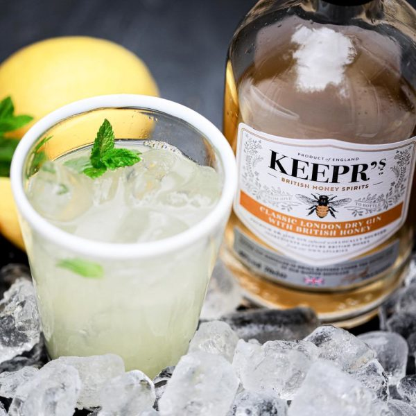 Keepr's Classic London Dry with British Honey - bottle and glass from above