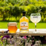 Keepr's Classic London Dry with British Honey - bottle with glass and honey