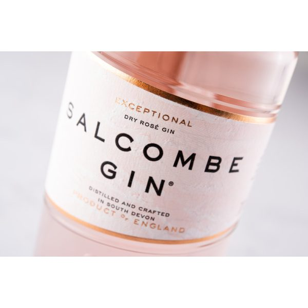 Salcombe - Rose Sainte Marie Gin - closeup