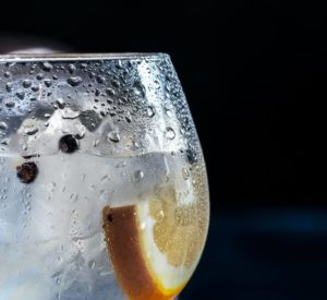 How to pour the perfect Gin