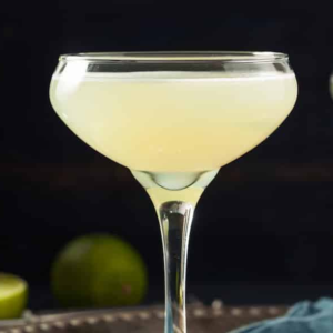 Gimlet gin cocktail